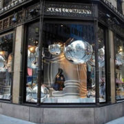 10-must-770-saks-nyc.jpg