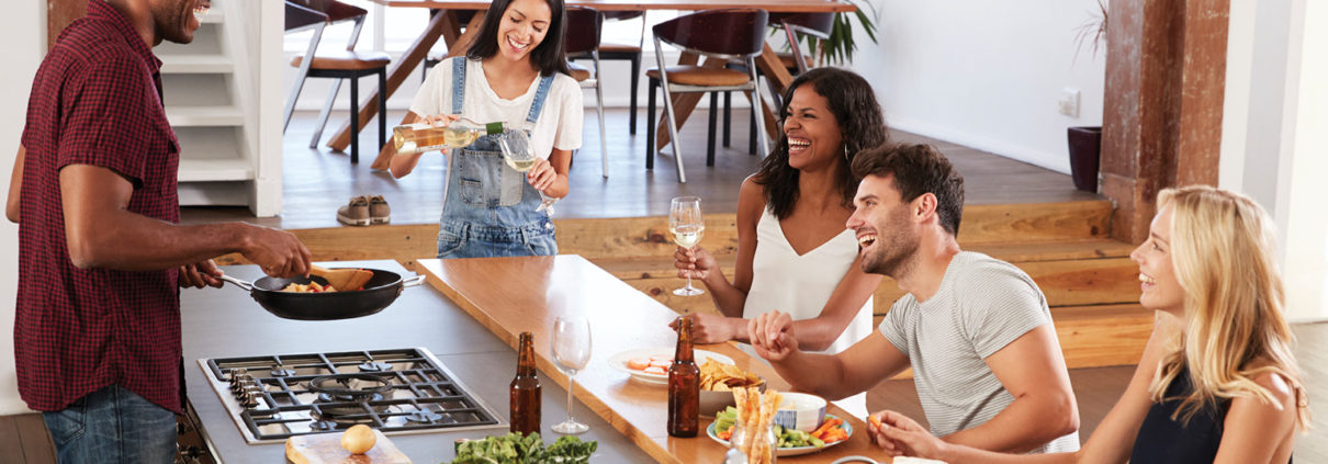 co-living-kitchen-NREI-GettyImages-844050838-1540.jpg