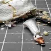 divorce-wedding cake destroyed