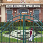 disneyland-closed