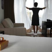 10-must-770-hotel-maid-chocolates.jpg