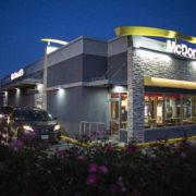 mcdonalds-ext-night
