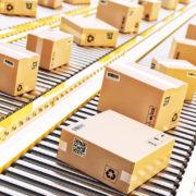 packages conveyor belt